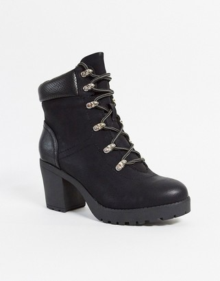 Call it SPRING glowna heeled lace up boots in black