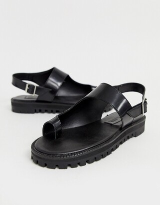 Asos Design DESIGN Freeze leather chunky toe loop flat sandals-Black