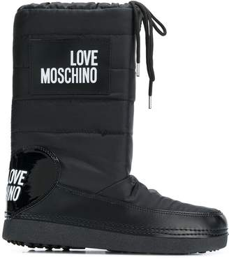 Love Moschino quilted shell snow boots