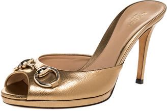Gucci Gold Leather Horsebit Peep Toe Sandals Size 36