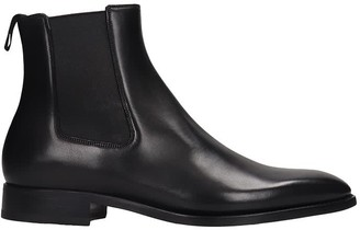 Givenchy Classic Boot Ankle Boots In Black Leather