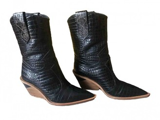 Fendi Cowboy Black Crocodile Boots