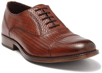 Steve Madden Nilly Embossed Leather Cap Toe Oxford