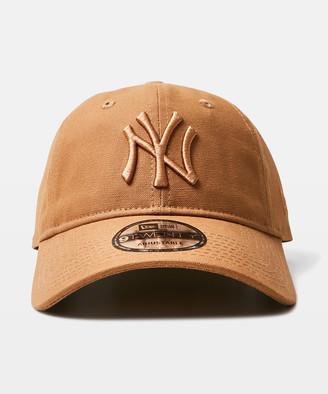 New Era 9Twenty NY Yankees Curvepeak Cap Light Brown