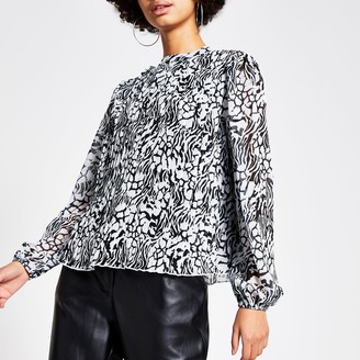 River Island Womens Black printed pleated long sleeve blouse