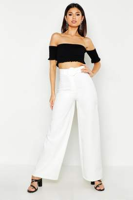 boohoo The Tailored Belted Wide Leg Trouser