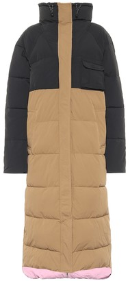 Ganni Colorblocked puffer coat