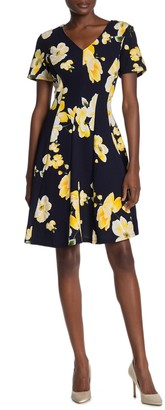 Robbie Bee V-Neck Floral Print Skater Dress