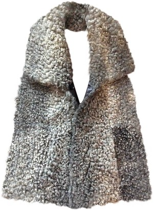 Ventcouvert Grey Shearling Jacket for Women