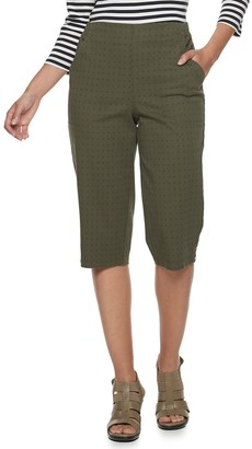 Croft & Barrow Women's Classic Pull-On Tab-Hem Capris