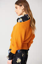 na-kd-na-kd-off-shoulder-knitted-sweater-beige
