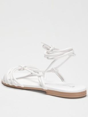 Very Harlene Barely There Flat Sandal - White