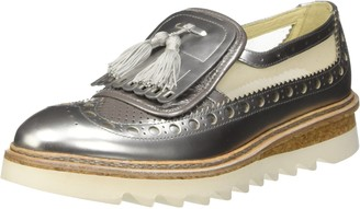 Barracuda Womens Bd0740 Slip-On Shoes silver Size: 3.5