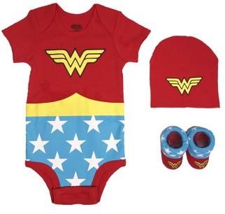 Dc Superhero Girls Wonder Woman Short Sleeve Bodysuit, Booties & Cap Baby Shower Layette Gift Set, 3pc (Newborn Baby Girls)