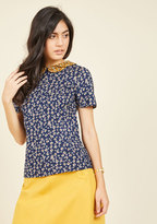 Workday Whimsy Floral Top in 6 (UK)