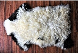 "Buettner Animal Print Handmade 2'2"" x 3'5"" Sheepskin Cream/Black Indoor / Outdoor Area Rug Millwood Pines"