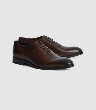 Reiss Bay - Leather Whole Cut Shoes in Dark Brown
