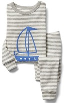 Gap Organic sailboat and stripes sleep set