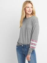 Stripe-sleeve crewneck pullover