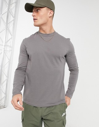 ASOS DESIGN long sleeve t-shirt with crew neck in washed grey