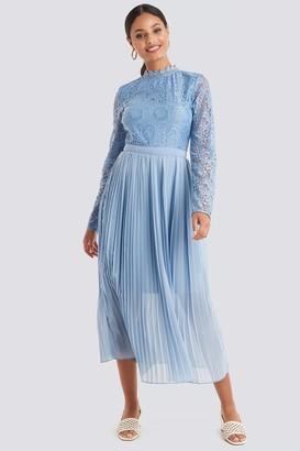 NA-KD Crochet Detail Pleated Dress Blue