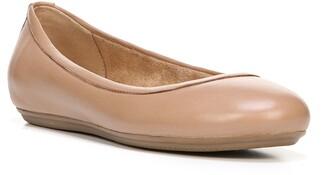 Naturalizer Brittany Ballet Flat