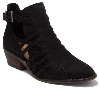 Lucky Brand Forbas Leather Cutout Block Heel Ankle Boot