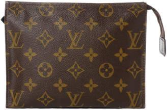Louis Vuitton Toiletry Pouch Monogram 19 Brown