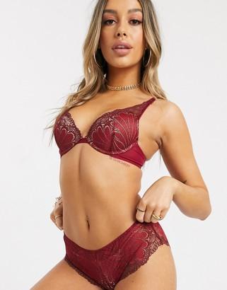 Wonderbra high apex lace bra in red