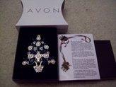 Avon 2011 Christmas Tree Pin
