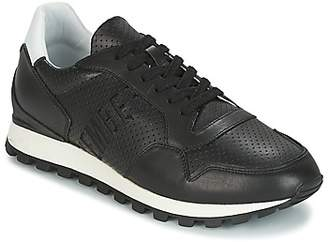 Bikkembergs FEND-ER 2074 LEATHER men's Shoes (Trainers) in Black