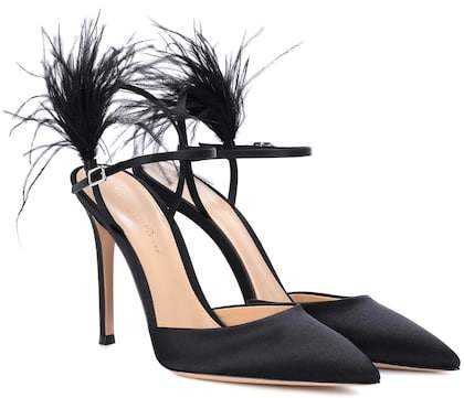 Gianvito Rossi Exclusive to mytheresa.com – Simone feather-trimmed satin pumps