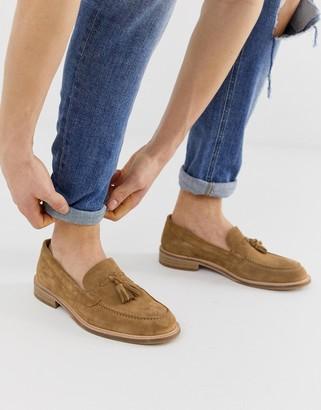 Selected tassel loafers in tan