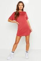 boohoo Petite Amy Curved Hem T-shirt Dress