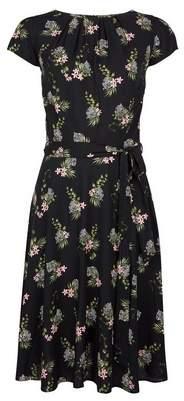 Dorothy Perkins Womens **Billie & Blossom Tall Tiger Floral Print Dress