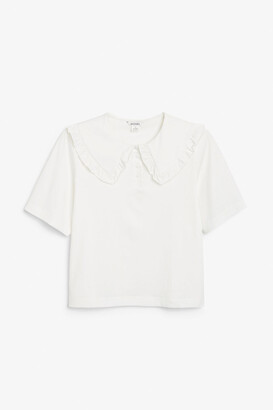Monki Frilly collar tee