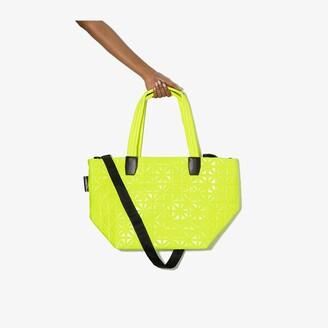VeeCollective yellow Vee medium tote bag