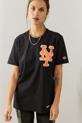Champion NBA T-Shirt - Black XS at Urban Outfitters