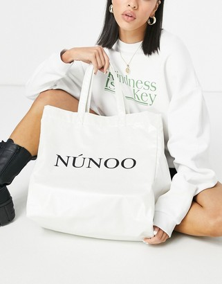 Nunoo veggie PU logo tote bag in white