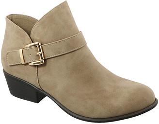 Top Moda Women's Casual boots Khaki - Khaki Gary Buckle-Accent Ankle Boot - Women