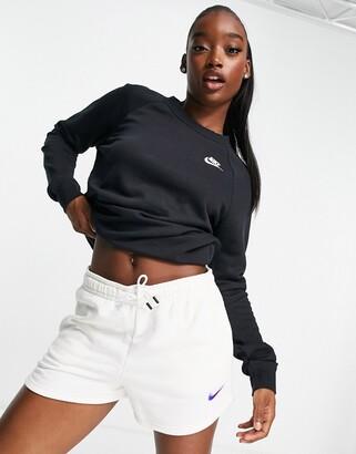 Nike Black Essentials Crew Neck Sweatshirt