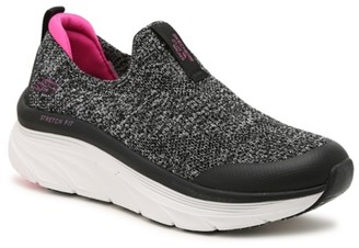 Skechers Relaxed Fit D'Lux Walker Quick Upgrade Slip-On Sneaker - Women's