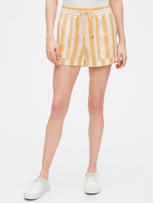 Gap Utility Pull-On Shorts in Linen-Cotton