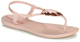 Ipanema LEAF SANDAL women's Sandals in Pink