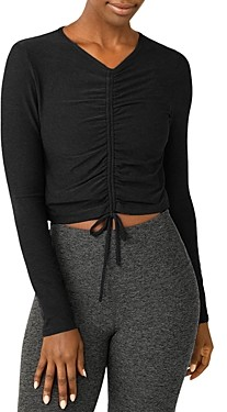 Beyond Yoga Scrunch It Up Cropped Top
