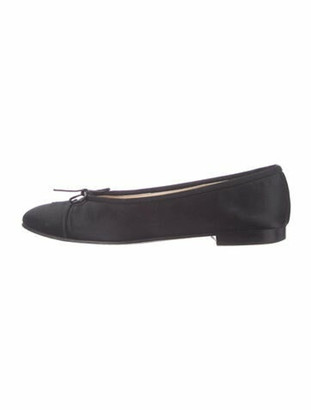Chanel Interlocking CC Logo Bow Accents Ballet Flats Black