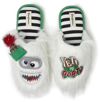 Dearfoams Unisex Holiday Yeti Novelty Scuff Slippers