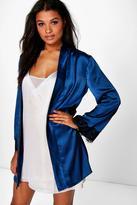 Boohoo Alice Lace Sleeve Kimono Robe