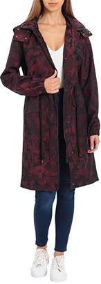 AVEC LES FILLES Camo Star Rain Anorak (Burgundy) Women's Coat
