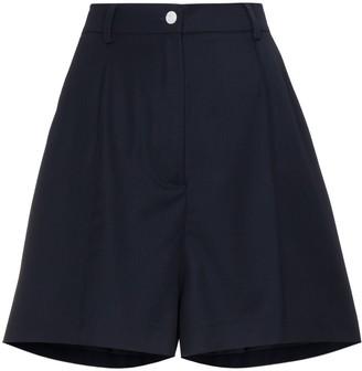 Natasha Zinko Mid rise shorts with pleat front